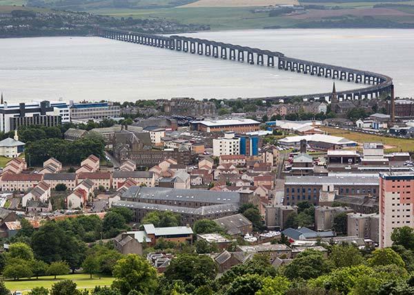 Dundee Scotland Foster Care Swiis